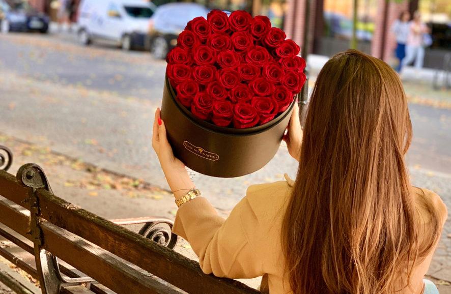 Prezent na najbardziej romantyczną okazję? Największy flowerbox!