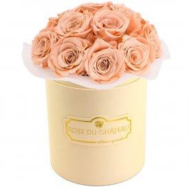 Herbaciane Wieczne Róże Bouquet w Brzoskwiniowym Boxie