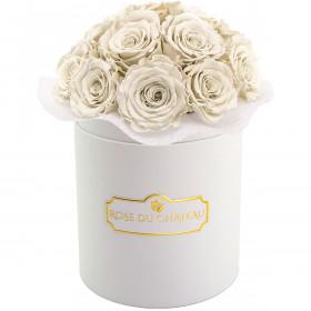 Białe Wieczne Róże Bouquet w Białym Małym Boxie